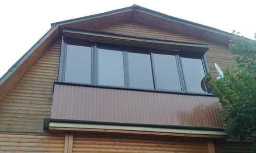 Монтаж балкона на даче