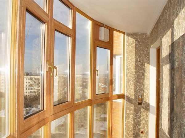 Какие окна лучше: пластиковые или деревянные.