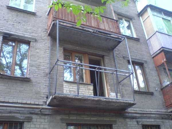 Остекление балкона своими руками панельные пятиэтажки..