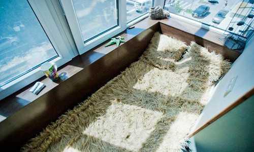 Пример спальни на балконе