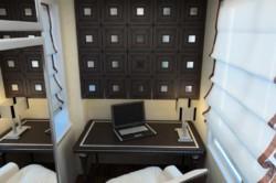 Интерьер лоджии-кабинета