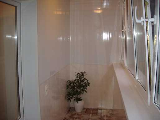 Обшивка балкона ПВХ-панелями