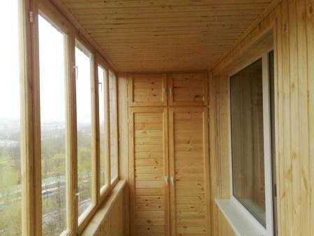 При разумном подходе, балконы вполне могут заменить отсутствующие в квартирах кладовки.