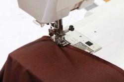 Строчка швейно машинкой