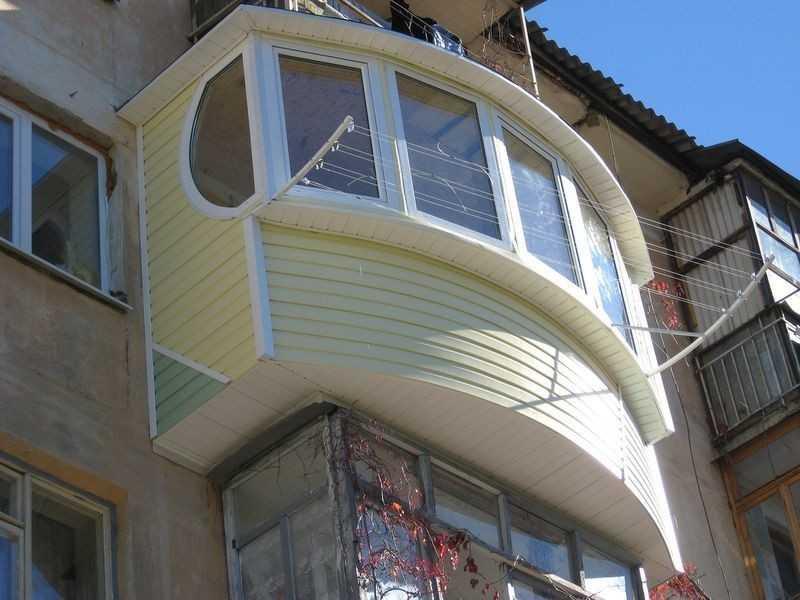 Внешняя отделка балкона (фото).