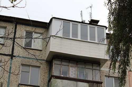 Внешний вид расширенного балкона