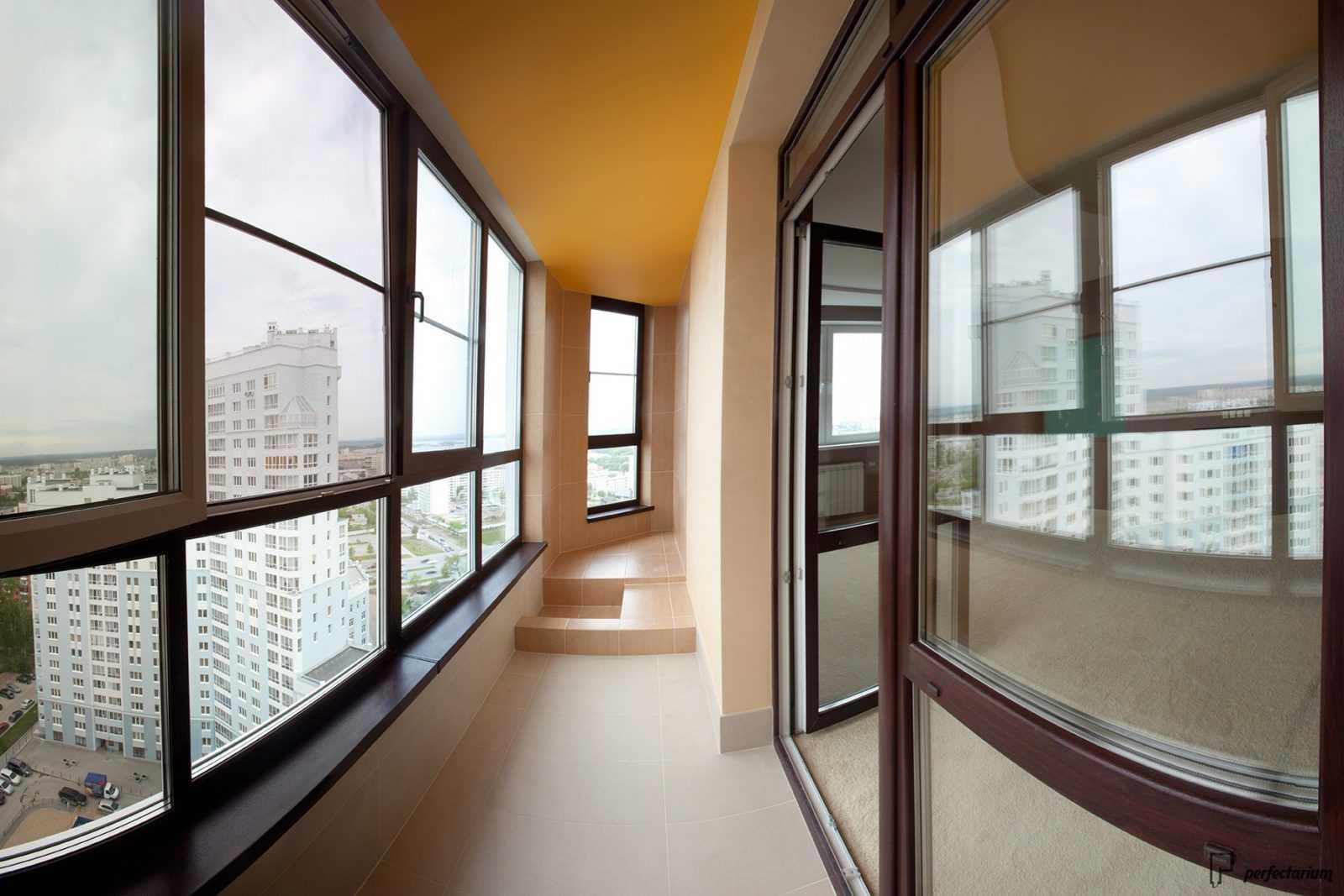 Причины остеклить балкон или лоджию кому доверить остекление.