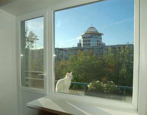 Пластиковые балконные окна