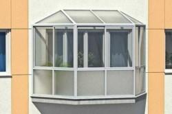 Конструкция балкона из пластикового профиля