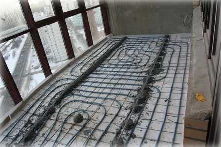 Электрический теплый пол хорошо подойдет для утепления пола на балконе.