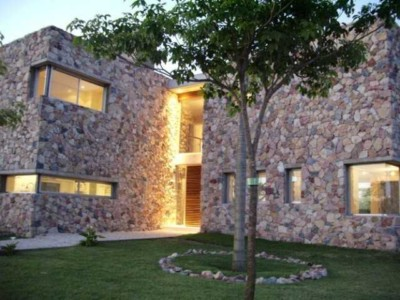 kamenii fasad
