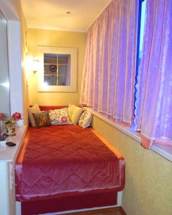 Спальня на лоджии