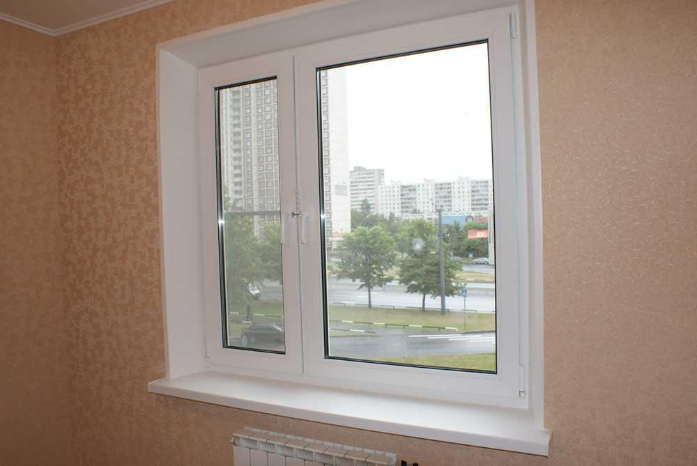 Пластиковое окно с откосами