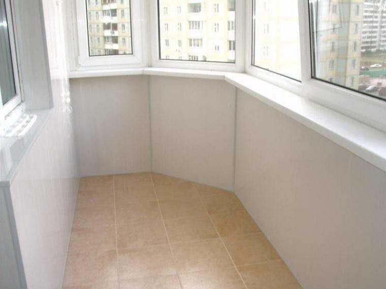 Окрашивание балкона