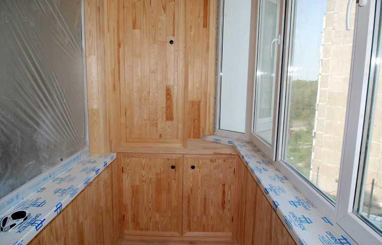 Ремонт балкона с использованием ламината