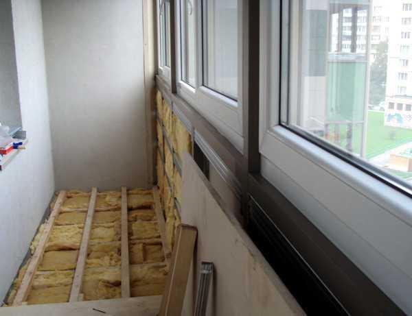 teplyj-pol-na-balkone