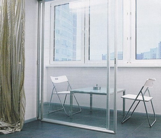 Раздвижные двери на французский балкон